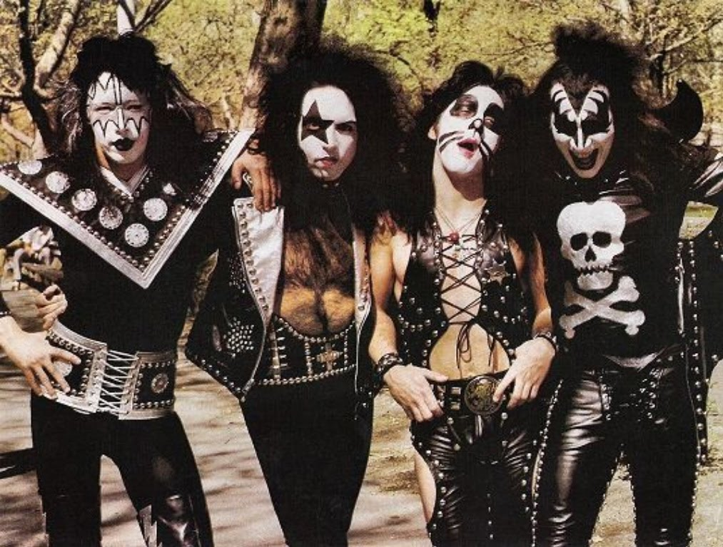 The Krazy Komplicated History Of Kiss Lights Camera
